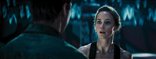 still-of-emily-blunt-in-edge-of-tomorrow-2014-large-picture