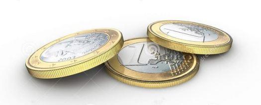tres monedas